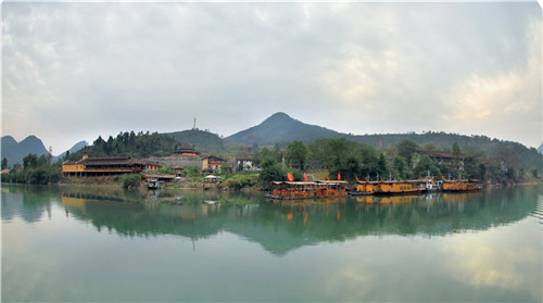 """国家水利风景区,是一支兼有""""长江峡谷奇趣""""之险与""""漓江山水仙境""""之秀"""